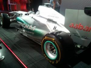F1-Mercedes-Rosberg-2012-arriere