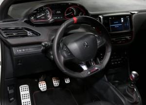 Peugeot-208-GTI-3