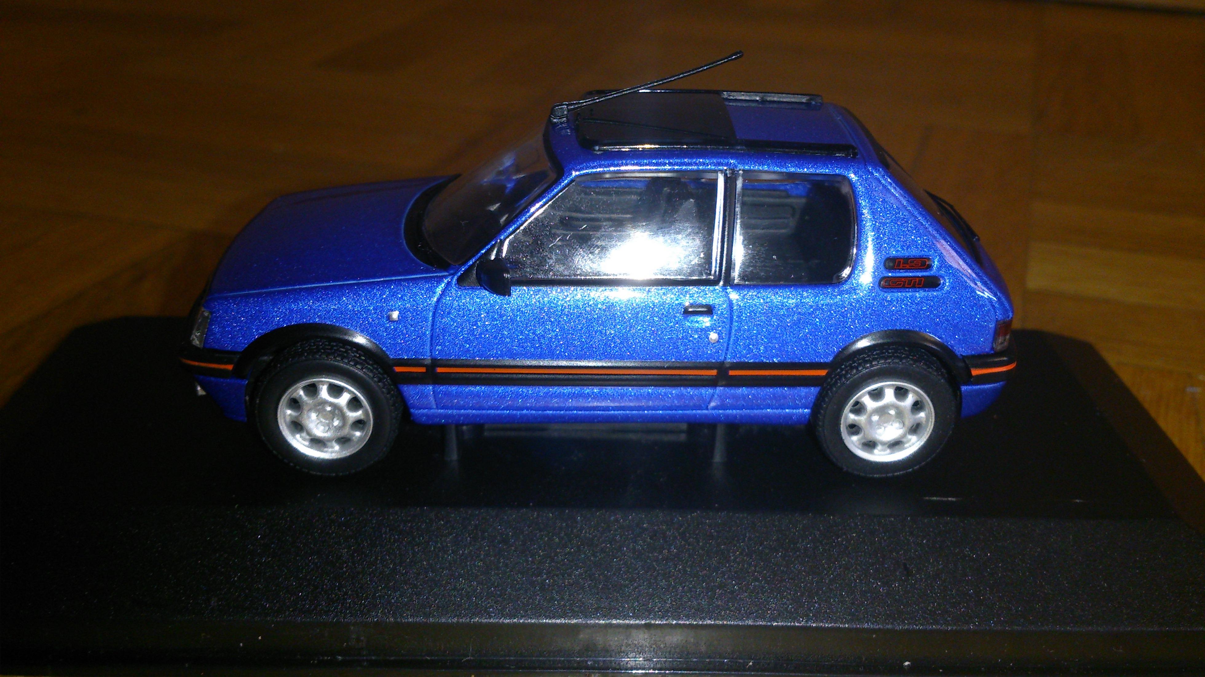 Peugeot_205_gti_1.9