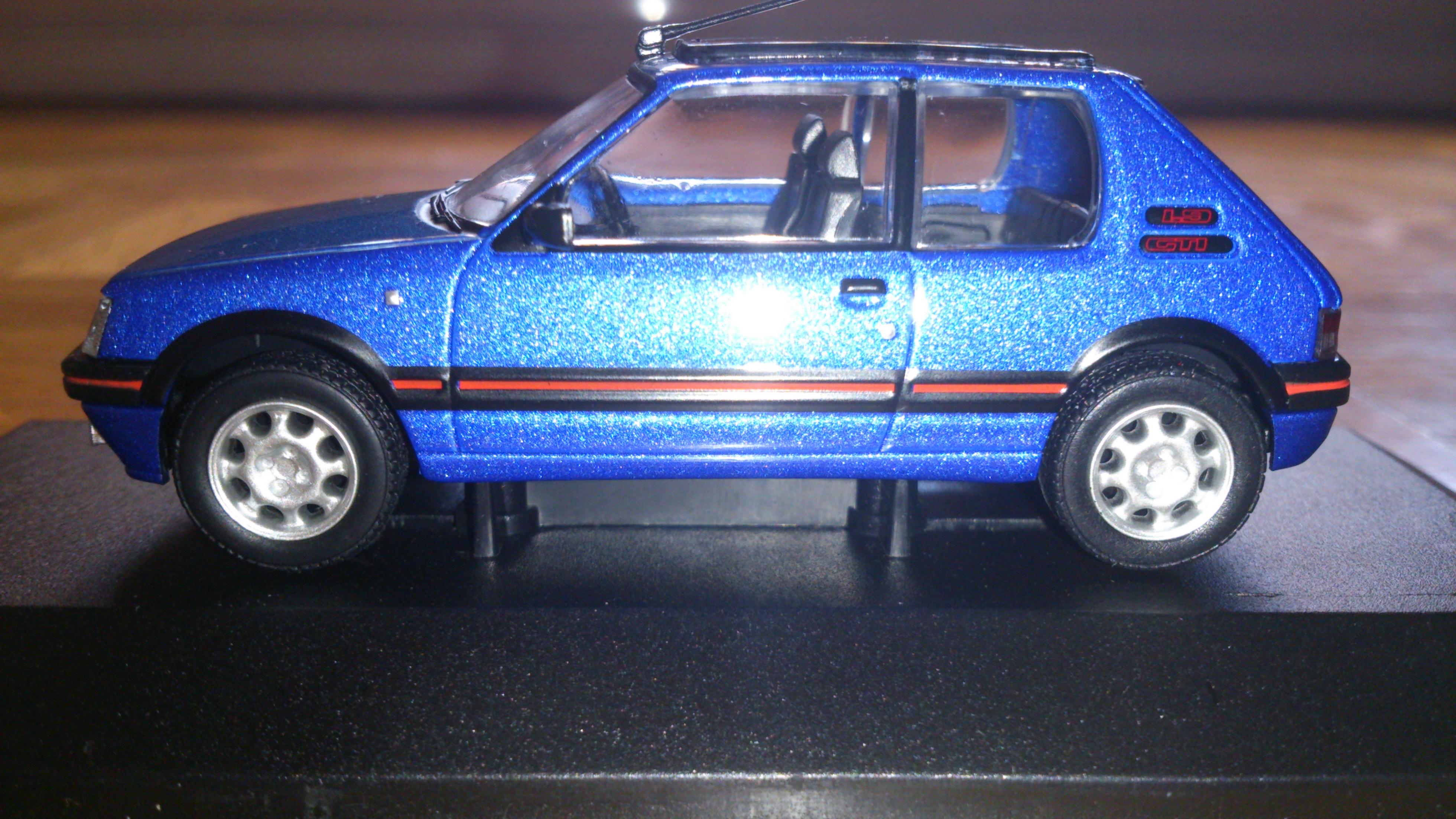 Peugeot_205_gti_1.9_2